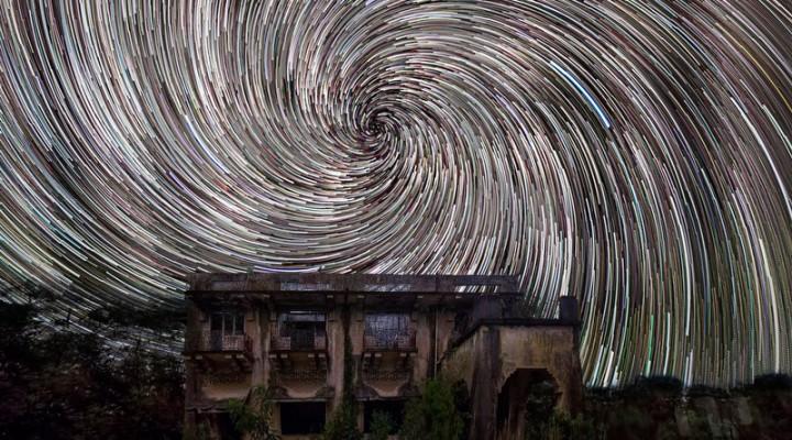 Istana Woodneuk Star Trails