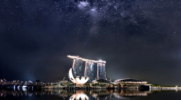 10 April 2014 – Rising Milky Way at Marina Bay Sands Singapore