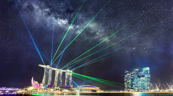21 July 2014 – Rising Milky Way above Marina Bay Sands and Spectacular Laser Show in Singapore