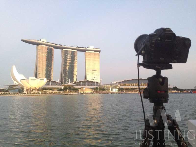 140721-My-camera-setup-to-shoot-the-Milky-Way-above-Marina-Bay-Sands-Singapore