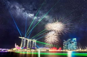140726-Rising-Milky-Way-above-MBS-and-Fireworks-during-National-Day-Parade-Rehearsal