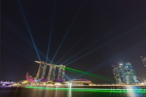 140721-The-Making-of-Rising-Milky-Way-above-MBS-and-Laser-Show-in-Singapore-3
