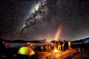 140824-Campfire-at-Mount-Bromo