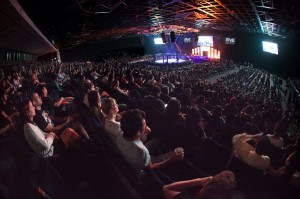 Sold out arena in Dubai on 29 August 2014