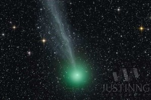 Comet Lovejoy (C/2014 Q2) and Spiral Galaxy (NGC1886)