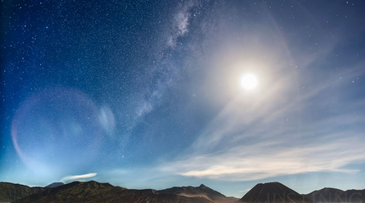 06 May 2015 – Milky Way against a bright moon at Mount Bromo during the peak of Eta Aquarid meteor shower