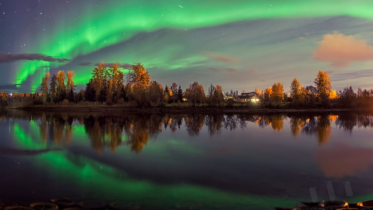 16 Sep 2014 - Northern Lights in Fairbanks, Alaska
