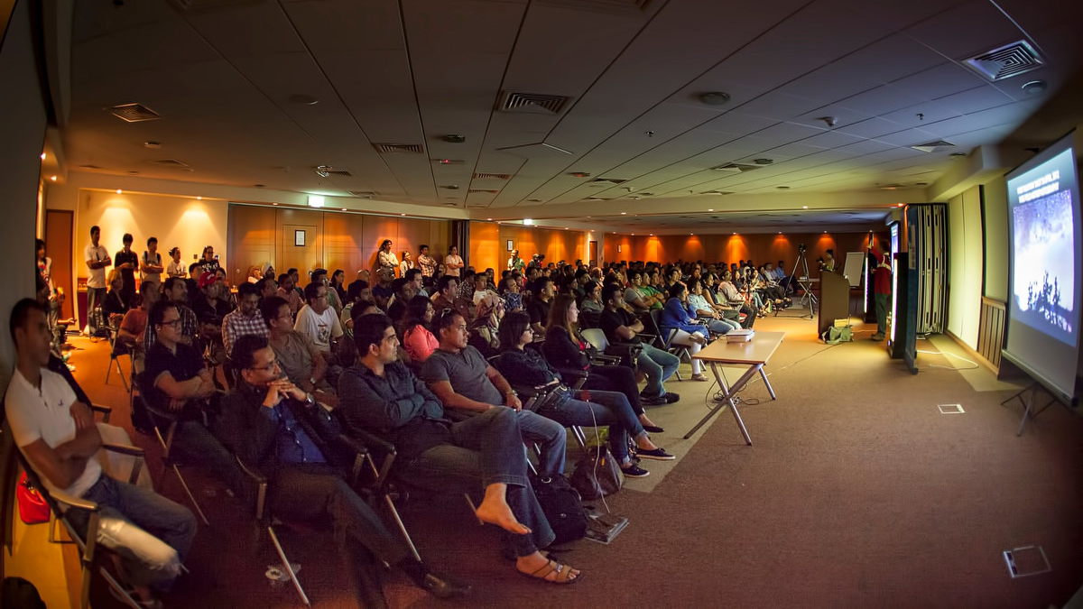 28 Aug 2014 - Astrophotography Talk in Dubai