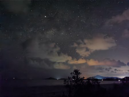 Milky Way and Star Trails with Huawei P30 Pro