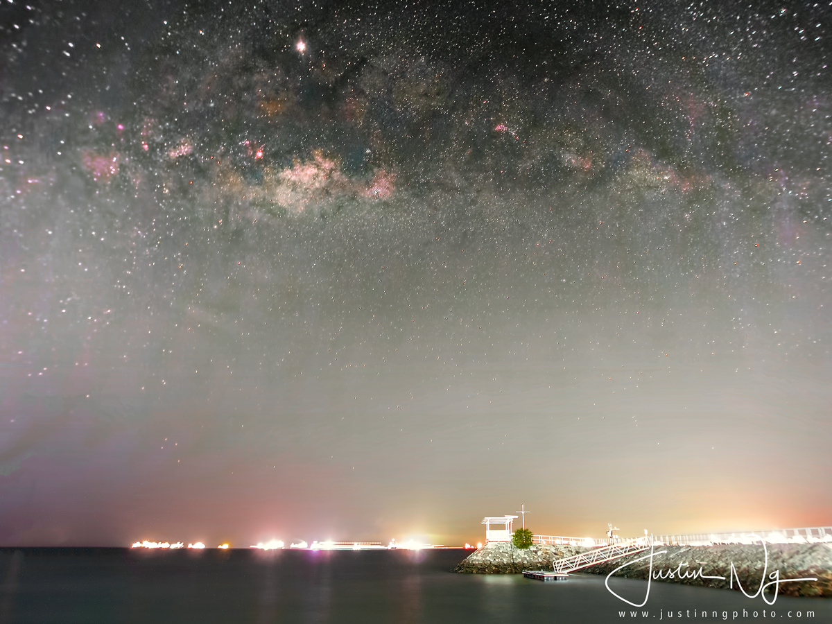 26 May 2019 - Rising Milky Way at East Coast Park Singapore