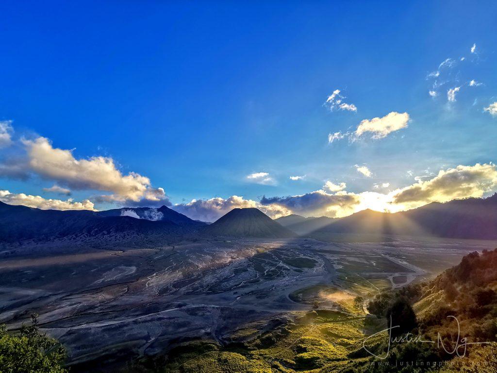 Mount Bromo Sunset with Huawei P30 Pro