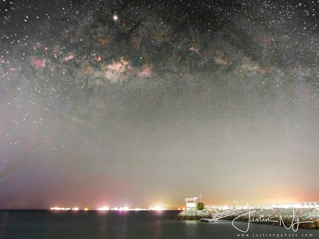 26 May 2019 - Rising Milky Way at East Coast Park Singapore